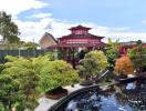 Khu vườn Nhật ẩn chứa nhiều thú vị phía sau nhà cặp vợ chồng Anh