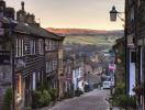 Thị trường nhà đất Anh phân hóa mạnh về tăng trưởng giá nhà theo khu vực