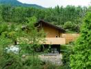 Độc đáo khu nghỉ dưỡng bằng đất nện ẩn mình giữa núi rừng