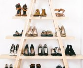 11 ý tưởng lưu trữ giày dép độc đáo và rẻ tiền