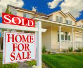 Có nên bán nhà đang ở trước khi tìm được nhà mới?