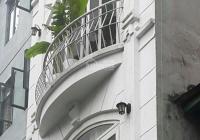 Bỏ theo trai, nàng bạch tuyết bán lâu đài phường Phố Huế, 35m2, 5 tầng, MT 5m, chỉ 13.7 tỷ