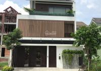 Cho thuê biệt thự Quốc Hương, P. Thảo Điền, 8x20m, trệt, 2 lầu, 4 phòng lớn, giá 40 triệu/tháng