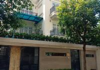 Cho thuê biệt thự Vườn Đào, 5T x 200m2, cầu thang máy, mặt phố Võ Chí Công, Lạc Long Quân