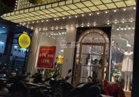 Cho thuê nhà mặt phố Nguyễn Hoàng hiện đại, mặt tiền 7m, vỉa hè rộng gần ngã 4