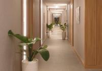 Bán căn hộ full nội thất view sân bay Republic Holiday Inn giá 2,35 tỷ LH 0969200085