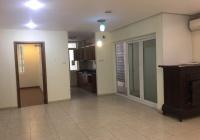 Chính chủ bán căn hộ chung cư 3PN tầng trung chung cư 170 Đê La Thành - LH: 0912929219