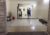 Cho thuê nhà riêng ngõ 97 Văn Cao, diện tích 60m2 x 5 tầng, ngõ ô tô đỗ cửa, có vỉa hè để xe