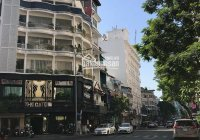 Cho thuê building tòa Nguyễn Văn Thủ, Q1, đoạn vip DT 8x18m, hầm, 7 lầu giá 150tr/th