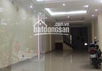 Cho thuê nhà đường Nguyễn Xiển, DT 60m2, 5 tầng, giá 30 triệu/th, LH 0989604688