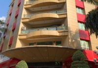 Bán tòa nhà mặt phố Dịch Vọng Hậu - Duy Tân, DT 678m2 x 9 tầng + hầm, MT 48m, lô góc. Giá 200 tỷ