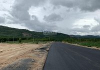 Bán 66m mặt tiền đường thành phố Kon - Tum, giá 1.8tỷ