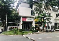 Bán nhà phố kinh doanh căn góc trung tâm Phú Mỹ Hưng, quận 7. LH: 0907894503 Hòa Lê