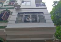 Cho thuê nhà riêng ngõ 9 Trần Quốc Hoàn 50m2 x 5 tầng, mặt tiền 5m. Giá 19 triệu/tháng