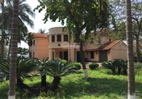 Cho thuê biệt thự khu BT Hồ Tây phố Đặng Thai Mai, DT 800m2, XD 300m2, 2 tầng, full đồ giá 165tr/th