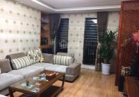 Bán căn hộ 3 phòng ngủ, ban công Đông Nam, DT 176m2, full nội thất. LH: 0984673788