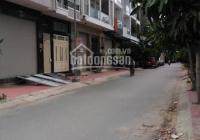 Cho thuê nhà mới Bình Lợi, 2 lầu, có sân rộng để xe hơi, gần Coopfood, đại học Văn Lang