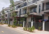 Kẹt tiền nên cần bán gấp BT Lavila, Nhà Bè, 5,5x17,6m thiết kế 2 lầu, 1 trệt, giá: 8 tỷ 080tr