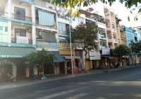 Cho thuê nhà Trần Hưng Đạo, Quận 1. DT: 15x20m 1 lầu giá 270 triệu