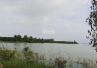 Cần bán 19500m2 khu nghỉ dưỡng giáp sông, có 100 mét mặt tiền sông, đất bằng phẳng chỉ 7,6 tỷ
