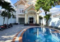 Cho thuê biệt thự hồ bơi, 3 tầng 6 phòng đầy đủ nội thất gần Xuân Thủy, Thảo Điền, quận 2