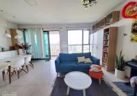 Cần tiền nên phải bán căn hộ Riviera Point, 105m2, 2PN, 2 WC, nhìn hồ bơi, đầy đủ nội thất, có sổ