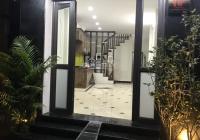 Chính chủ bán nhà 6 tầng ngõ 110 phố Quan Nhân, Thanh Xuân, lô góc ô tô đỗ cửa. Miễn quảng cáo