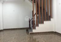 Chính chủ cho thuê nhà ngõ 112 phố Ngọc Khánh, Ba Đình, MT 5,2m tổng DT 160m2, giá 15 triệu/th