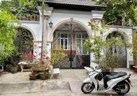 Biệt thự sân vườn + hầm + hồ bơi đường Phạm Văn Đồng gần sông ngay Giga Mall, ngã tư Bình Triệu
