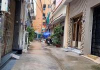 Cần bán nhà hẻm Trần Bình Trọng, diện tích: 4.1x15m, giá rẻ trên 7 tỷ