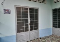 Bán nhà nát DT: 150 m2, ngang 7m gần Cầu Bà Mụ, KP I, P. Phú Khương, TP. Bến Tre, giá 670 triệu