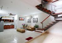 Cho thuê nhà ở Quảng Khánh, Tây Hồ, với 2 phòng ngủ Hồ Tây