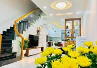 Bán nhà KDC Nam Long, P. PLB, Quận 9, DT: 4,5x20m, Hướng ĐN, giá 8 tỷ