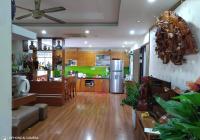 Chuyển nhà nên cần bán căn hộ tòa nhà CT3 Phú Diễn diện tích 105 m2 giá 25 tr/m2. LH 0369025059