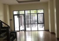 Cho thuê nhà đường Kim Giang, Thanh Xuân, Hà Nội DT 100m2 4 tầng nhà đẹp giá 18tr/th. LH 0356766550