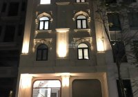 Chính chủ cần cho thuê gấp nhà phố Liễu Giai Ba Đình DT: 130m2 x 5 tầng MT: 7m, sàn gỗ giá: 22tr/th