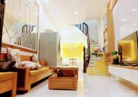 Bán nhà mặt phố Vũ Thạnh, 50m2 x 2 tầng, MT 4m đang cho thuê KD tốt giá 190tr/m2. LH: 0903215466