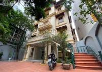 Cho thuê nhà biệt thự 300m2 xây 4 tầng ở mặt phố Tô Ngọc Vân, quận Tây Hồ, Hà Nội