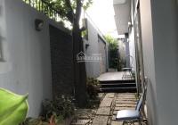 Biệt thự đường Nguyễn Đình Chính diện tích là 10x20m 3 tấm thích hợp làm spa, văn phòng công ty