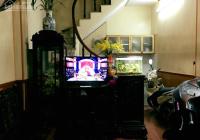 Chính chủ cho thuê căn hộ 3 tầng tại ngõ 305 Vĩnh Hưng, giá 4,4 triệu/tháng. 0838436206