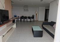 Cần bán nhanh căn hộ view đẹp Green Valley, PMH, Q7 DT 130m2 lầu cao, LH: 0908874622