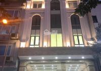 Bán tòa VP mặt phố Hoàng Ngân - Q. Cầu Giấy 200m2 * 10T - MT: 10m - giá 72 tỷ. Cho thuê 300 tr/th