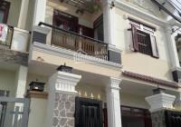 Bán nhà gần Thủ Dầu Một 1 trệt 1 lầu, SC 2 phòng ngủ diện tích: 50m2 giá 700tr, liên hệ 0988571039