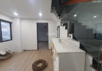 Chính chủ cho thuê nhà đường Nghi Tàm, Phường Yên Phụ, Tây Hồ, có 1 hầm 4 tầng nổi. Góc 3 mặt đường