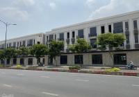 Mặt tiền Lê Văn Việt, đối diện TTTM. DT 10m*29m= 290m2, HĐ thuê 80tr/th, giá chỉ 40 tỷ TL