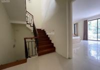Cho thuê nhà mặt phố Âu Cơ - Tây Hồ, diện tích 50m2 x 2.5 tầng, MT=6m nhà mới xây giá 25tr/tháng