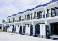 Nhà phố kiến trúc Bắc Âu, 1 trệt 1 lầu, ngay Bình Chánh LH 0799713094 Anh Duy