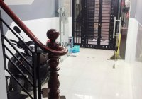 Nhà phố 1 trệt, lầu full nội thất cao cấp đường Bến Văn Đồn, Phường 2, Quận 4, TP HCM