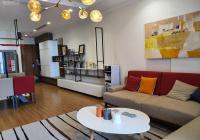 Bán căn hộ chung cư Vinhomes Nguyễn Chí Thanh, căn góc 127 m2, 3 PN sáng. Sổ đỏ chính chủ