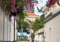 Bán biệt thự sân vườn, có hồ bơi lớn, khu compound ngay Nguyễn Văn Trỗi, Quận Phú Nhuận, giá 39 tỷ